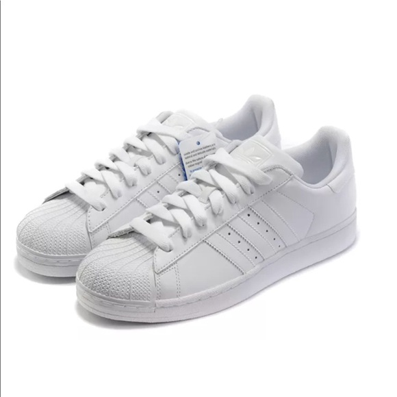 b6f84cafa3667 Adidas original superstar 2 all white Women Size 8